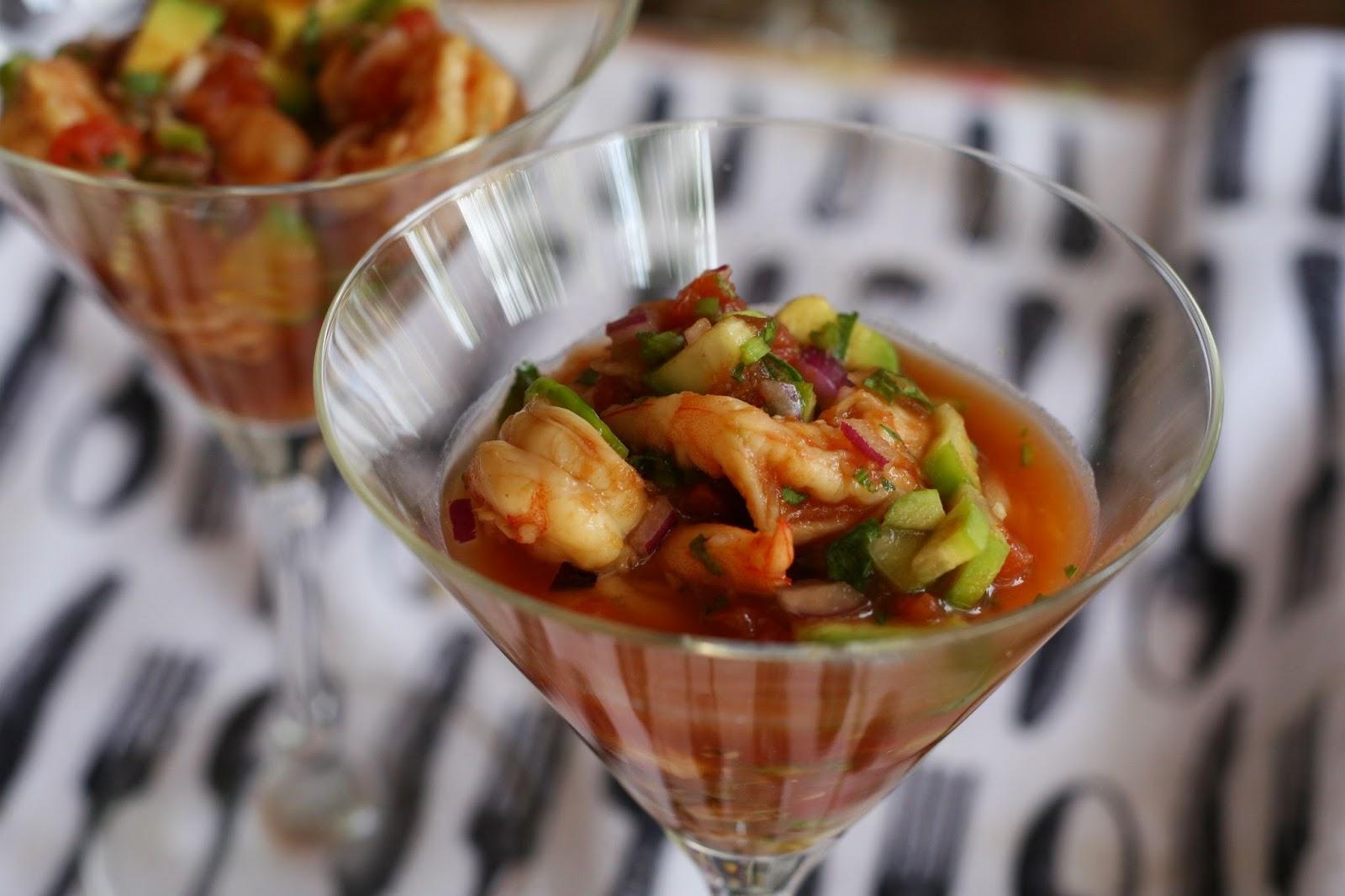 C ctel de camarones estilo mexicano emilio deik - Coctel de marisco ingredientes ...